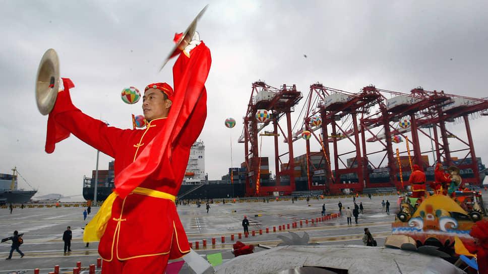 Дефицит контейнеров в торговле с Китаем грозит ростом цен на товары и увеличением сроков их доставки