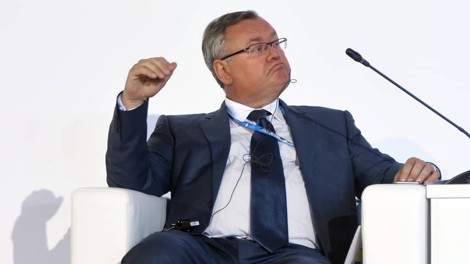 Стратегия развития возглавляемого Андреем Костиным банка ВТБ оставляет возможности гибкой реакции на экономическую ситуацию