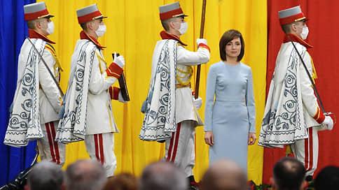 Век вора не видать // Новый президент Молдавии обещает сажать, не врать и не воровать