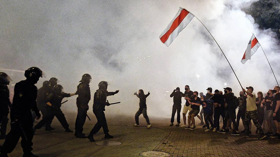 Акция протеста против результатов выборов президента Белоруссии