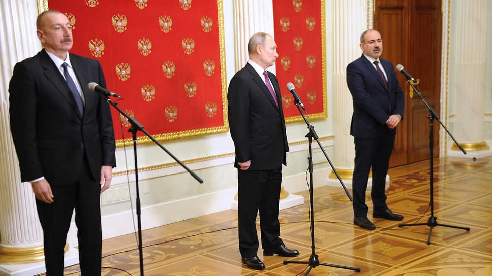 После переговоров два президента и премьер вышли не к прессе, а к микрофонам