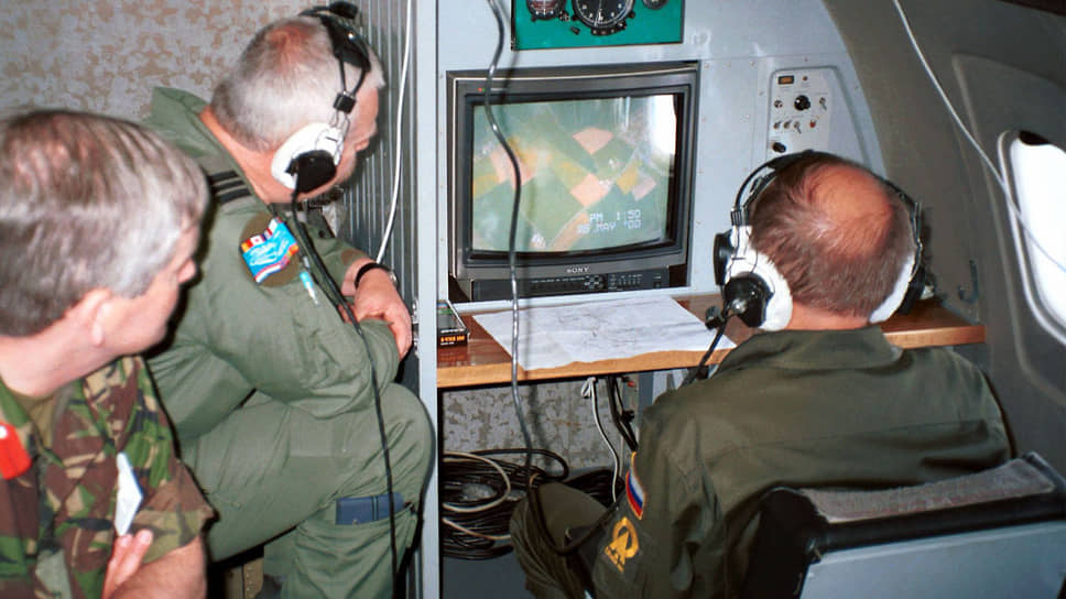 Российские военные теперь не смогут инспектировать с воздуха территорию стран НАТО (на фото: полет в 2000 году в рамках Договора по открытому небу)