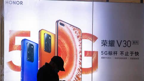 С Huawei сбивают Honor // Сервисы Google вернутся на китайские смартфоны