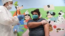 Привьют не по паспорту  / Иммунные сертификаты в России пока не дадут особых прав вакцинировавшимся