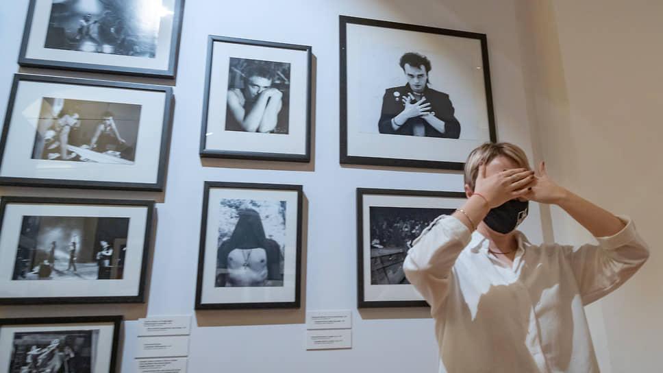 Открыть глаза на 40-летней давности рок-революцию помогает фотовыставка в Строгановском дворце