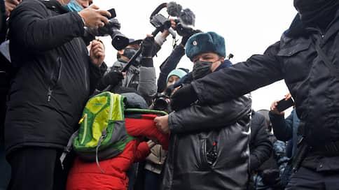 Следствие ведет молодых  / Адвокаты и родители сообщили о допросах школьников в связи с событиями 23 января