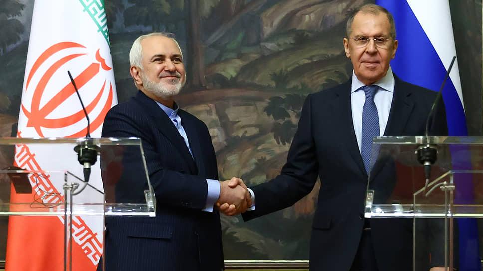 Министр иностранных дел России Сергей Лавров (справа) и министр иностранных дел Ирана Мохаммад Джавад Зариф