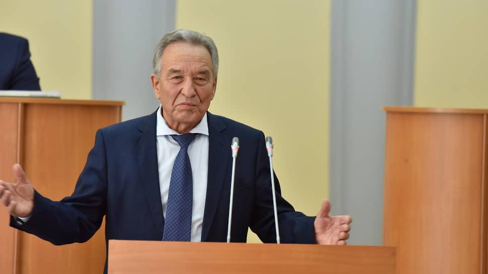 Председатель парламента Хакасии Владимир Штыгашев