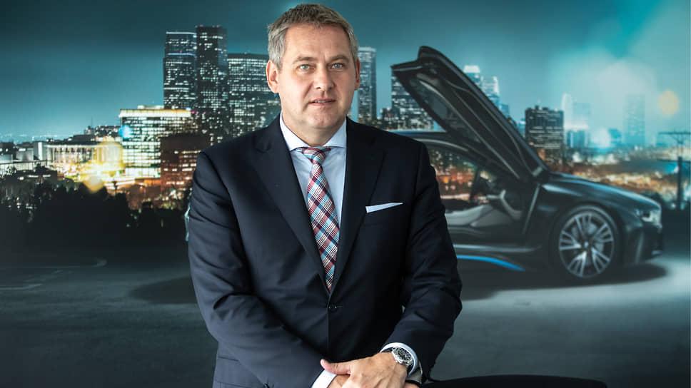 Гендиректор «BMW Group Россия» Штефан Тойхерт о том, почему число моделей в премиальном сегменте в России растет