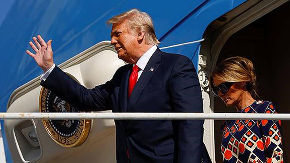 45 президент США Дональд Трамп со своей женой Меланьей