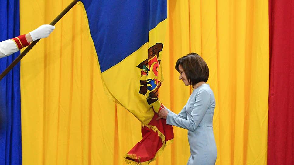 Пытаясь выполнить свое предвыборное обещание, президент Молдавии Майя Санду решилась на политический маневр, который привел к непредсказуемым последствиям