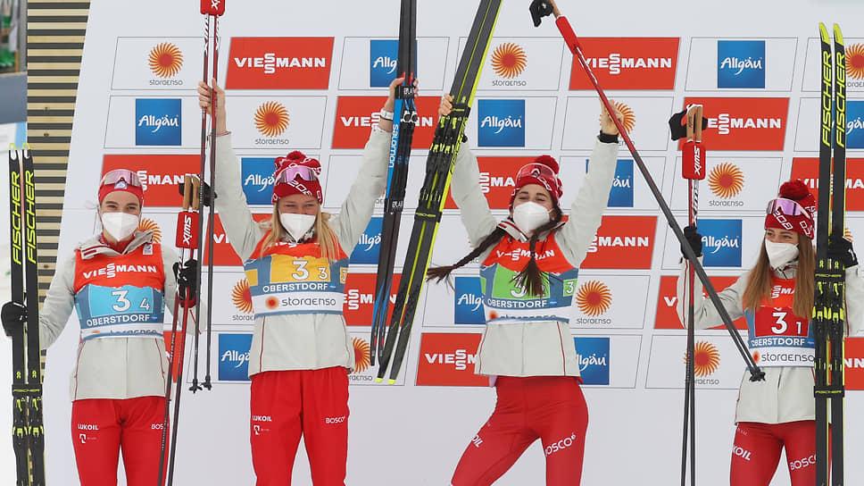 Российские лыжницы впервые с 2005 года выиграли серебро чемпионата мира в эстафете
