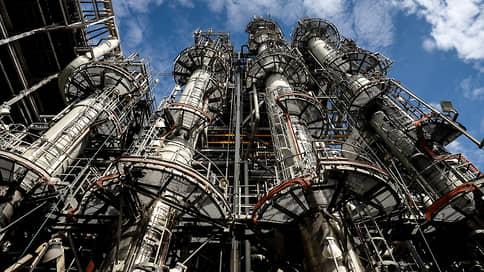 НИПИГАЗу оказали медвежью Усть-Лугу  / У крупного проекта «Газпрома» на Балтике меняется подрядчик