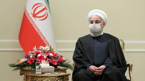 От иранских реформ остался вакуум  / Сторонники сближения с Западом рискуют потерять власть