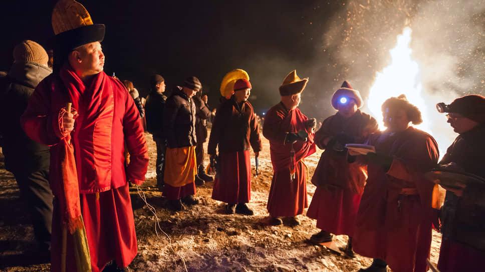 Российские буддисты опасаются, что поправки к закону о свободе совести перекроют дорогу в страну иностранным учителям
