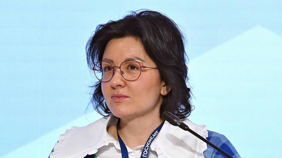 Курирующая госзакупки замглавы казначейства Анна Катамадзе готова переходить на электронное актирование госконтрактов по готовности заказчиков и поставщиков