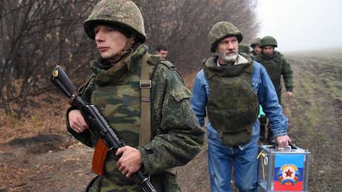 Захар Прилепин вводит урны в Донбасс  / Он хочет помочь россиянам ДНР и ЛНР проголосовать на думских выборах