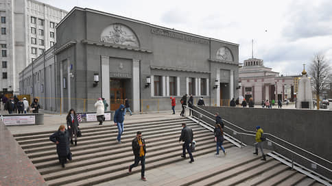 Кинотеатр повторного Шехтеля  / В Москве вновь открывается «Художественный»