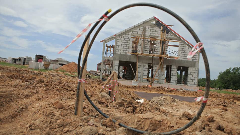 Жить стало лучше, жить стало невселее / У банков закончились лимиты на сельскую ипотеку