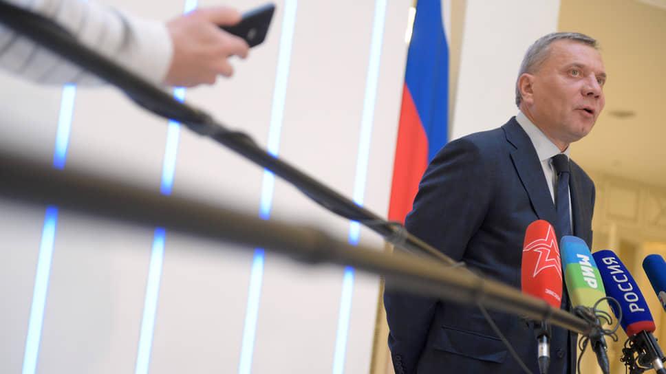 Курирующему импортозамещение вице-премьеру Юрию Борисову приходится обустраивать комфортные условия российским производителям электроники и программ для нее