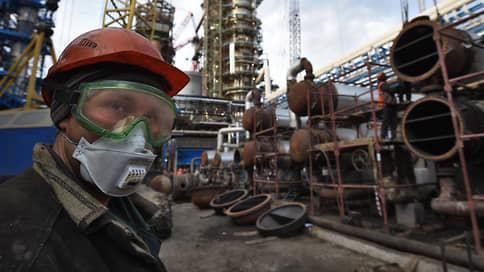 Углеродный налог пугает Россию медленно // Эксперты призывают власти готовиться к нему заранее