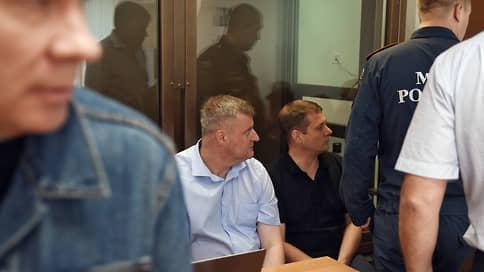 Пожарных вызвали на приговор  / Суд вынесет решение по делу о пожаре на Амурской улице
