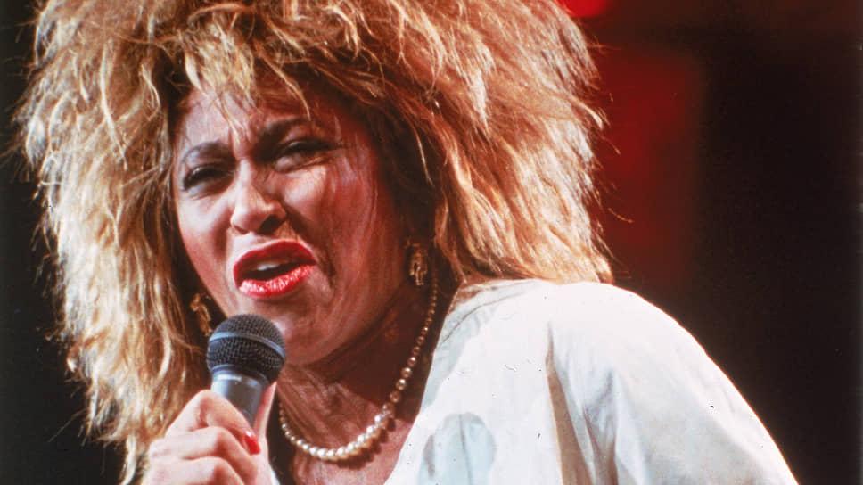 Фильм воспевает талант Тины Тернер и ее стремление брать все новые и новые артистические вершины (на фото — концерт в Нью-Йорке в 1985 году)