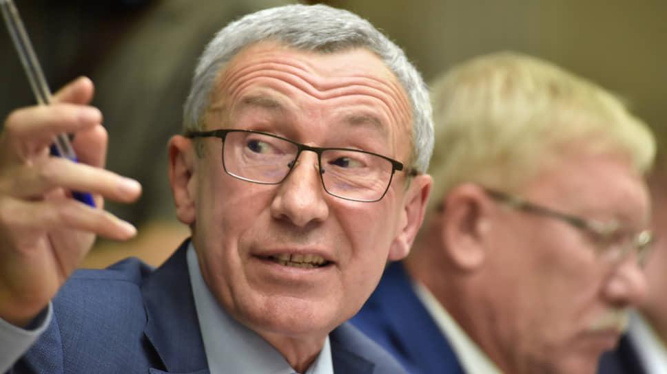 Глава комиссии Совета федерации по защите государственного суверенитета России Андрей Климов