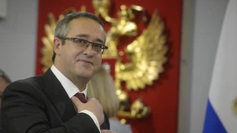 Мосгордума поделилась доходами  / Спикер Мосгордумы Алексей Шапошников вновь заработал больше своих коллег