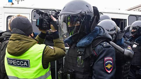 Репортаж с QR на шее  / Члены СПЧ узнали, что уже разработали предложения о порядке работы журналистов на митингах