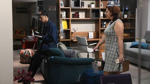 Стулья устояли перед вирусом  / Мебельщики ждут снижения продаж