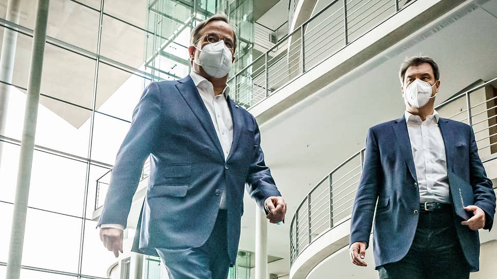 Лидер ХДС Армин Лашет (слева) и лидер ХСС Маркус Зёдер
