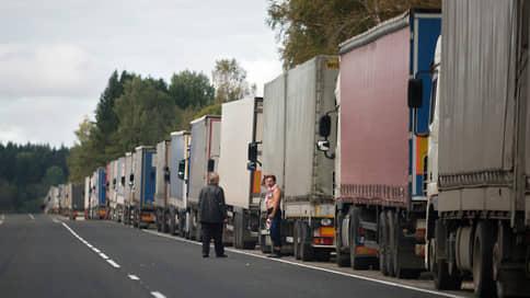 Продукты встали на погранпроходе // Новые правила раскладки товара осложнили экспорт в Казахстан
