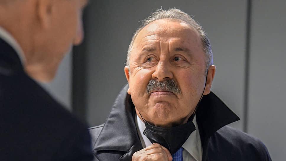 Валерий Газзаев страдает даже без маски