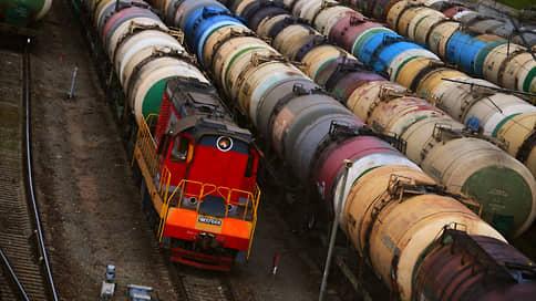 У экспорта глаза велики  / Власти начали правовую подготовку к запрету на вывоз бензина