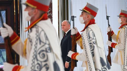 Россия попала в за Санду // Москва и Запад приготовились воевать за Молдавию до последнего Додона