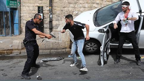 В Израиле наступил день Акса  / Палестинцы перешли от столкновений с полицией к ракетным обстрелам Иерусалима