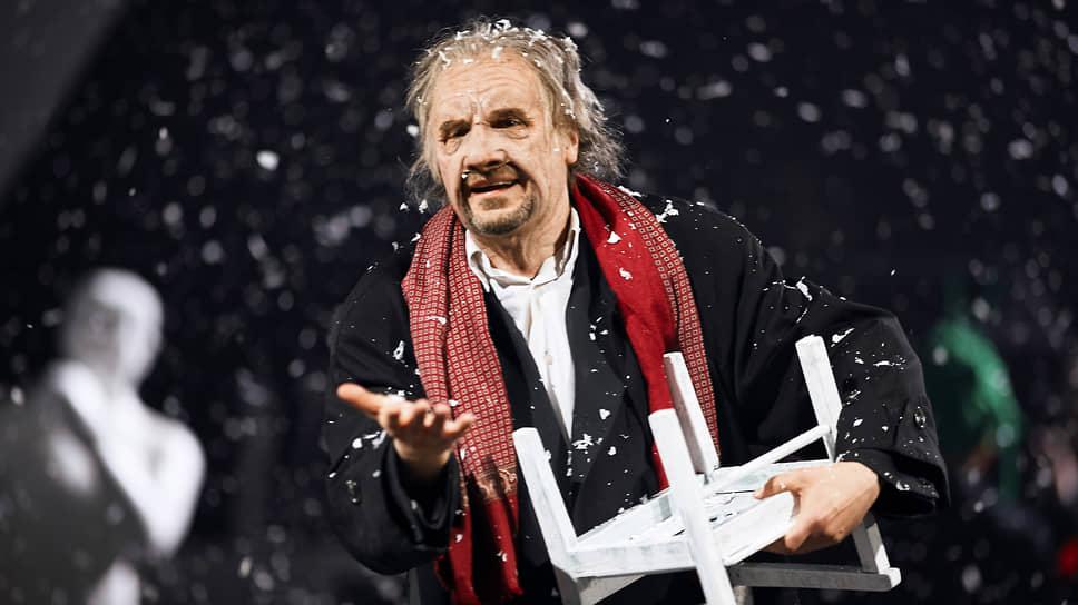 Евгений Цыганов (на фото) в одном персонаже воплощает собирательный образ выдающегося режиссера XX века