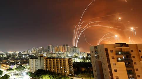 «Железный купол» в синей дымке тает  / Пока Израиль обороняется от «Хамаса», исламский мир обороняется от Израиля