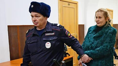 Любовь и взятки  / Американца отдали под суд за подкуп помощницы Аркадия Дворковича