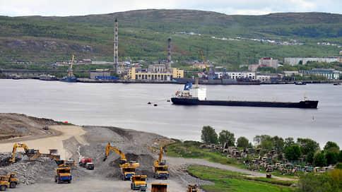 Лавна ставит на привлечение  / Порт планирует установить очень низкую цену перевалки