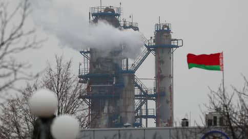 ЕС приземлит белорусский экспорт  / Европа грозит Минску эмбарго на нефтепродукты и удобрения