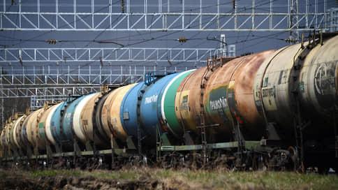 Дизтопливо хватит через край  / Россия рискует не найти экспортные рынки для топлива