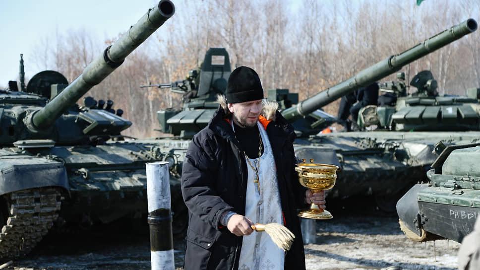 РПЦ придаст современное звучание молебному чину перед началом боевых действий