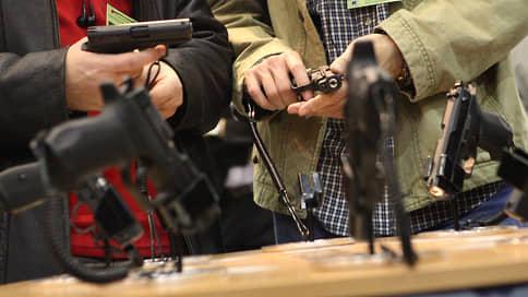 Молодо-стреляно // В Госдуму внесут поправки о повышении возрастного ценза при покупке стволов