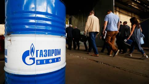 «Газпром нефть» поставит конденсат на рельсы  / Компания отказалась от создания порта в Харасавее