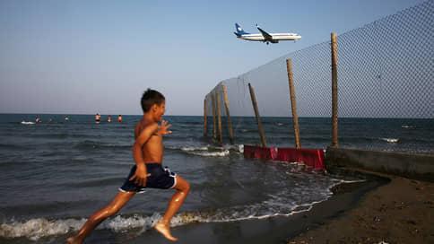 Грустнопассажирские рейсы  / Перевозки на заграничные курорты могут ограничить
