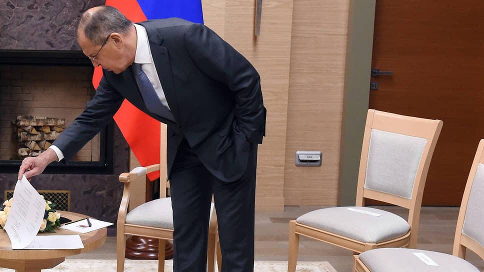 Виллами по воде писано / Повестка саммита в Женеве может поменяться по ходу встречи президентов