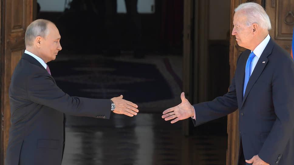 Богатыри Женевы / И после саммита оставалось понять: а тогда кто?