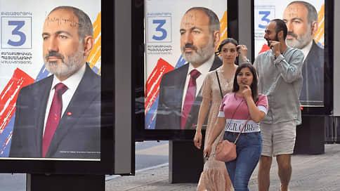 Армения готовится к бархатной эволюции  / Прошедший в стране путь от героя до антигероя Никол Пашинян попытается зацепиться за власть
